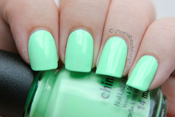 neon nail polish | Phoenix Beauty Lounge