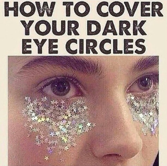 How to cover your dark eye circles.